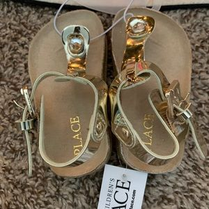 Children's Place Infant girl sandals, size 4